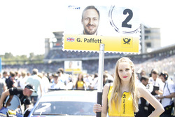 Gridgirl für Gary Paffett, Mercedes-AMG Team ART, Mercedes-AMG C63 DTM