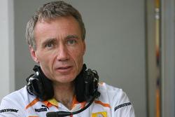 Bob Bell, Renault F1 Team, Team's managing director