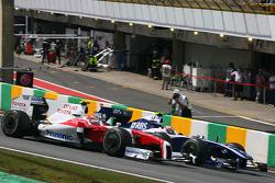 Kamui Kobayashi, Toyota F1 Team e Kazuki Nakajima, Williams F1 Team