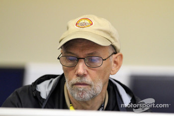 Motorsport.com's Jonathan Ingram at work