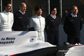 Pedro de la Rosa, BMW Sauber F1 Team, Peter Sauber, Team Principal, and Kamui Kobayashi, BMW Sauber F1 Team, Willy Rampf, BMW-Sauber, Technical Director