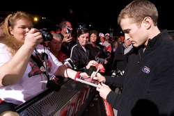 Kasey Kahne, Richard Petty Motorsports Ford signs autographs