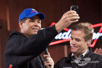Michael Waltrip, Michael Waltrip Racing Toyota takes photos of the fans