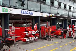 Race preparations, The garage of Ferrari