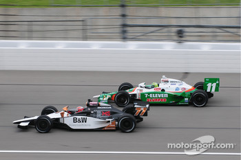 Alex Tagliani, FAZZT Racing leads Tony Kanaan, Andretti Autosport
