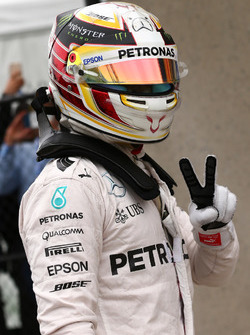 Pole for Lewis Hamilton, Mercedes Petronas AMG F1