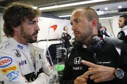 Fernando Alonso, McLaren MP4-31 in the garage with Matt Morris