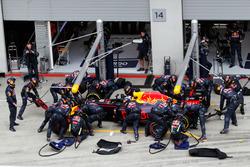Даніель Ріккардо, Red Bull Racing RB12 робить піт-стоп