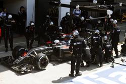 Fernando Alonso, McLaren MP4-31 makes a pit stop