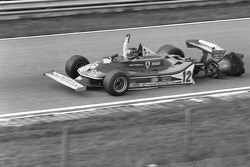 Gilles Villeneuve on 3 wheels!
