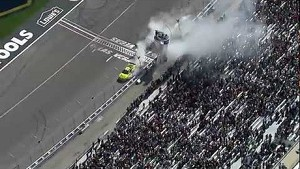 2013 Kobalt Tools 400 extended highlights