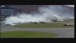 HD 2004 Daytona 500 Michael Waltrip Flip and Big One