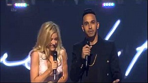 Lewis Hamilton leaves world cringing as he presents award with Ellie Goulding
