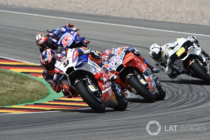 Petrucci trying to copy Lorenzo's lightning race starts