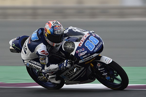 Qatar Moto3: Martin outduels Canet to win by 0.023s