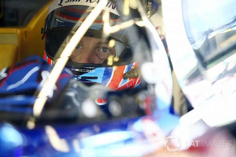 Button encontró el circuito de Le Mans