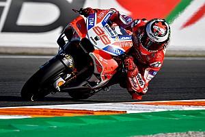 MotoGP Reporte de pruebas Lorenzo domina en Valencia y Márquez suma su 26° caída del año