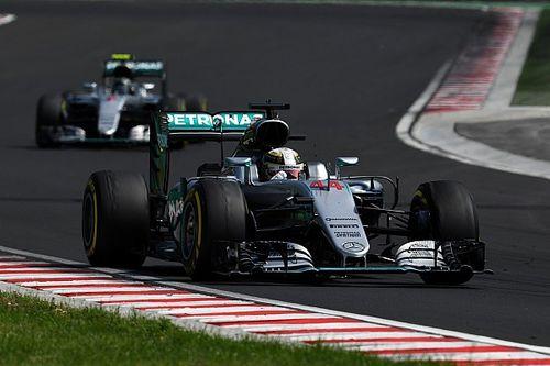 """""""Hamilton lograba en dos vueltas lo que Rosberg en mil"""""""
