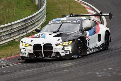 Esordio positivo per la nuova BMW M4 GT3 sul Nordschleife