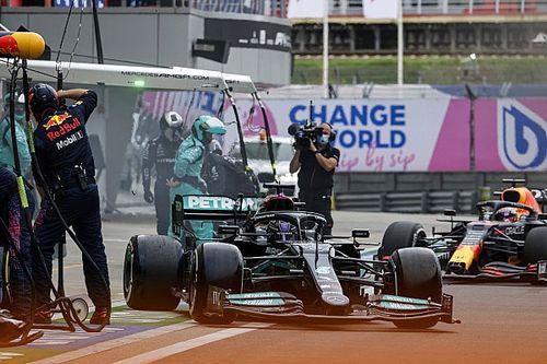 Lewis Hamilton Hampir Gagal Menang karena Menolak Ganti Ban