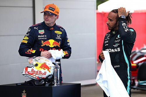 """Button: """"Hamilton, Verstappen'den daha komple bir pilot"""""""