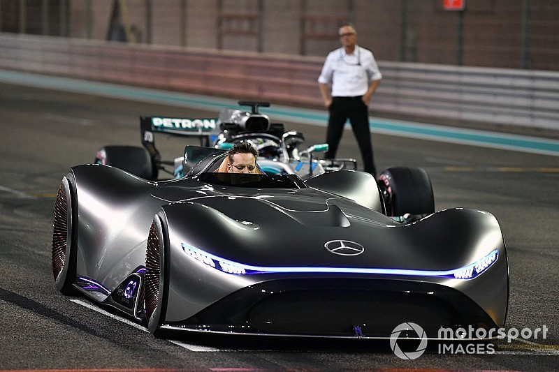 Gallery: Mercedes EQ Silver Arrow concept at Yas Marina