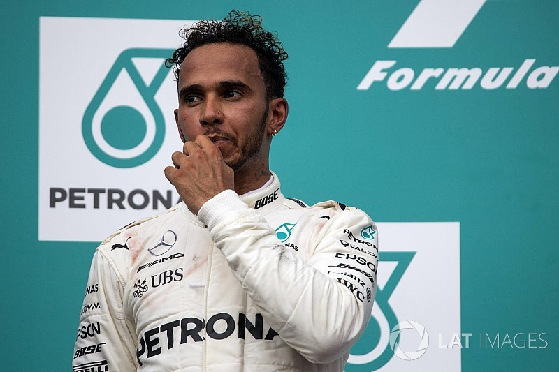 Hamilton, Mercedes'in Suzuka aero tercihi konusunda tereddütlü