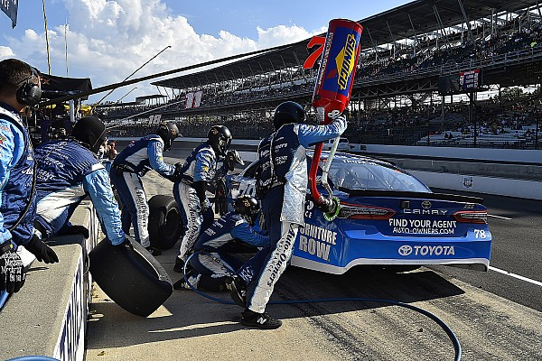 NASCAR Cup Breaking news JGR suspends two of Truex's pit crew members for altercation