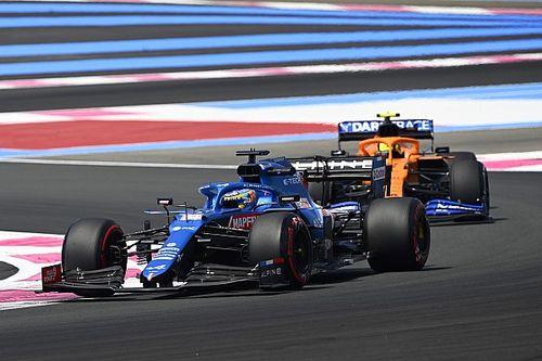 """Rossi: """"Alonso henüz her zaman iyi turlar atabilecek kadar adapte olamadı"""""""