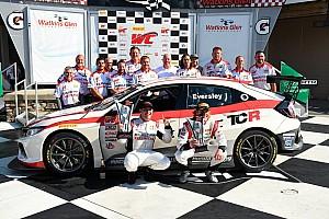 Eversley, primo Campione sulla nuova Honda TCR: