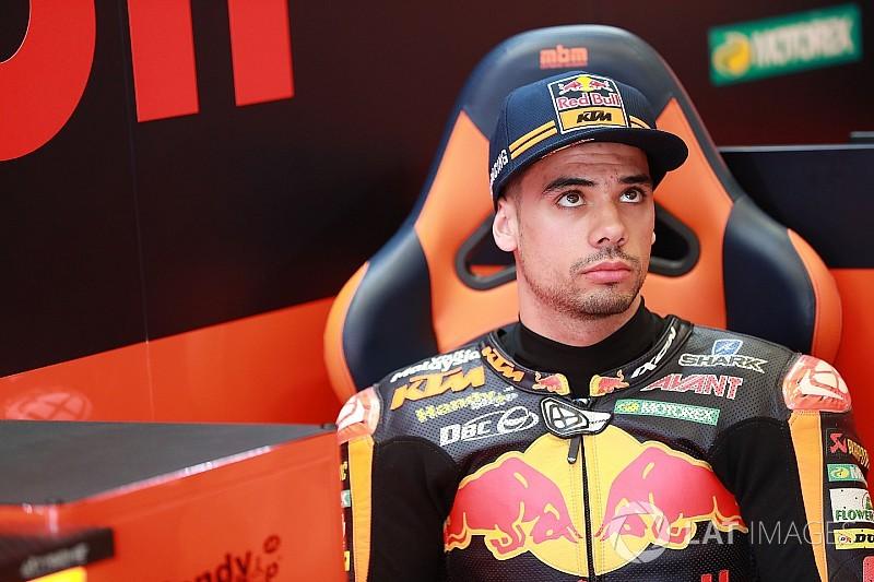 Oliveira garante lugar na MotoGP com Tech 3 para 2019