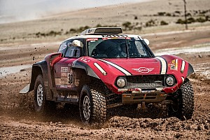Dakar News Neuer Mini Buggy: Potenzial bei Rallye Dakar aufgeblitzt