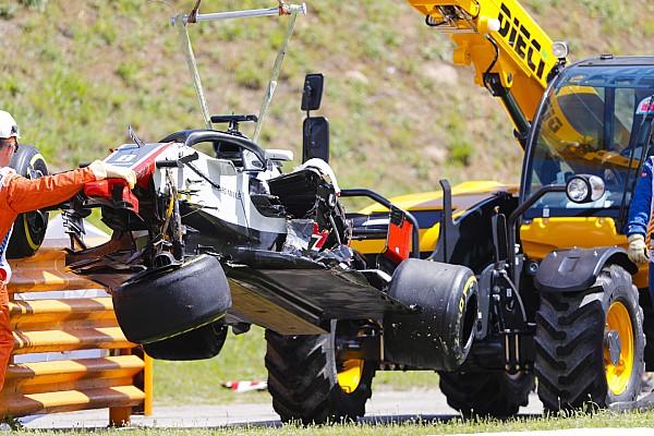 Большая авария на старте гонки в Барселоне: видео