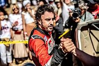 BRÉKING: Most már teljesen biztos, hogy Alonso indul a Dakaron