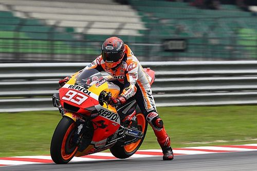 Marquez signs four-year extension with Honda