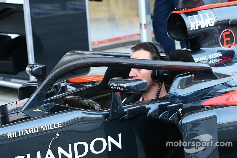 Ook Button rijdt met halo tijdens eerste training in Italië