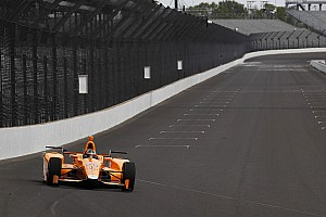 "IndyCar Breaking news Alonso on cornering at 227mph: ""The right foot has its own brain!"""
