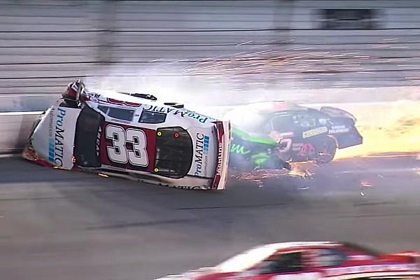 ARCA Новость Массовая авария в «Дайтоне» закончилась травмой гонщика