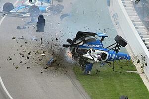 IndyCar Special feature Video: De crash van het jaar 2017
