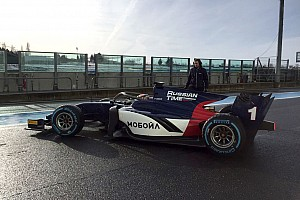 FIA F2 Breaking news Shakedown mobil F2 di Magny-Cours