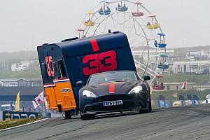 """Van Oranje trots op Jumbo Racedagen: """"Dit concept bestaat nergens ter wereld"""""""