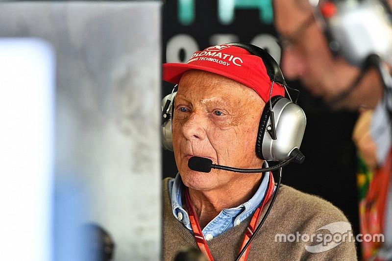 Lauda grava vídeo e mostra desejo em retornar à F1
