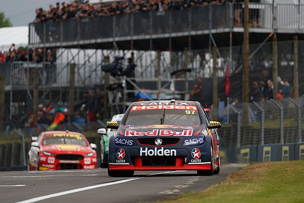 Supercars Van Gisbergen 'gutted' after bizarre pitlane crash