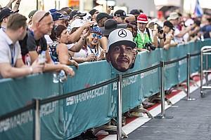Fórmula 1 Noticias Los memes se burlan del comentario sexista de Lewis Hamilton