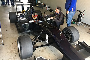 GP3 速報ニュース 【GP3】クビサ、シングルシーターを復帰後初トライ。GP3テスト参加