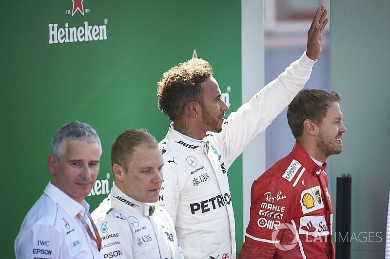 Ennyi pontot bukott el Vettel az élen Hamilton ellen