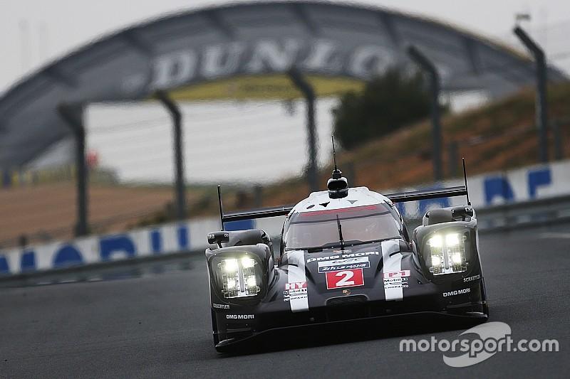 Экипаж Porsche возглавил протокол утренней сессии
