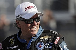 NHRA Breaking news John Force gains honorary doctorate from UNOH