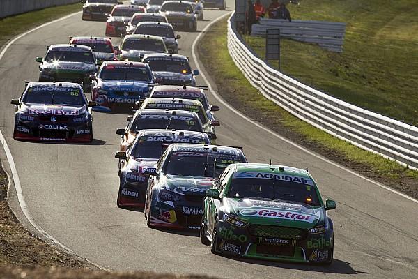 Supercars Tasmanien: Shane van Gisbergen vor Jamie Whincup