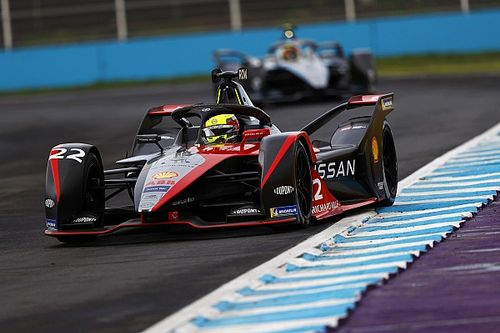Puebla E-Prix: Rowland leads incident-filled practice sessions